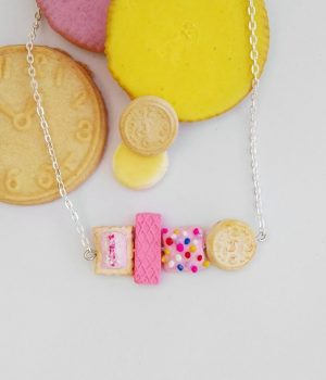 Classic Biscuits Necklace 2