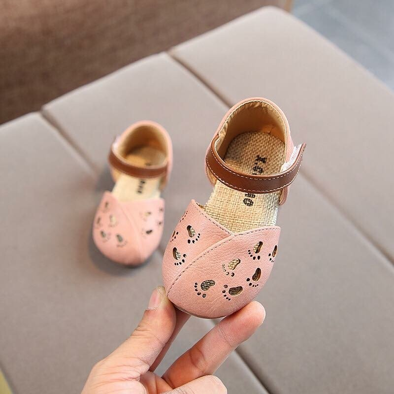 baby shoes little feet pink