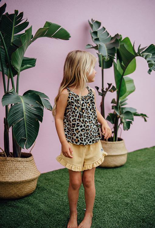 scom leopard top mustard shorts