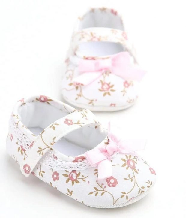 Baby Girl Flower Shoes   Everythings Rosie